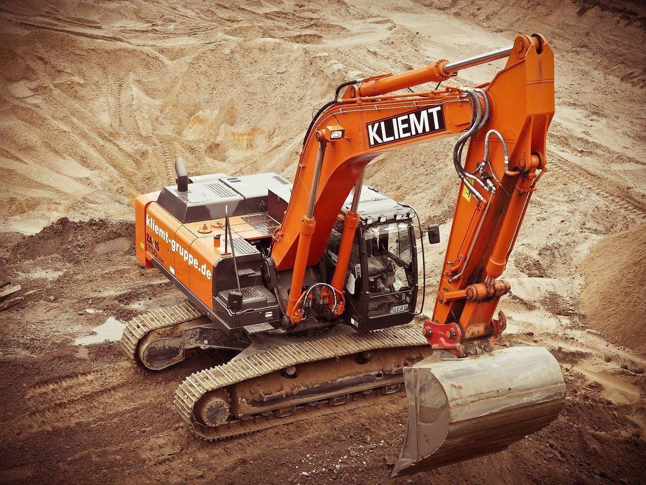 Wynajem maszyn budowlanych czy zakup? Zalety i wady obu rozwiązań