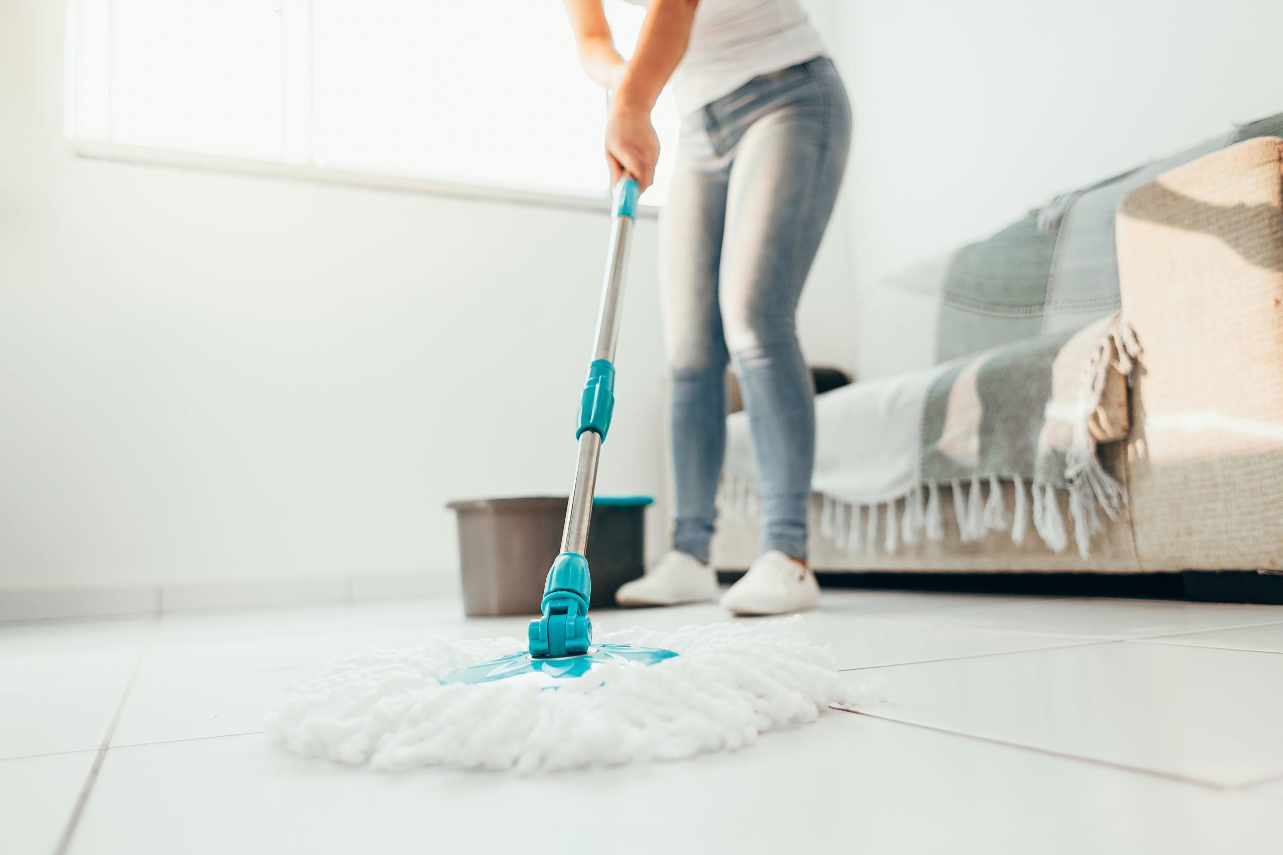 Jak myć podłogi w ekologiczny sposób?